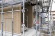 新築の集合住宅の建設現場
