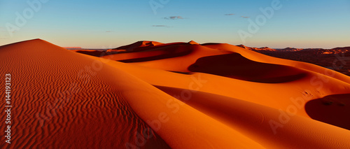 Photo sur Aluminium Desert de sable Sand dunes in the Sahara Desert, Merzouga, Morocco