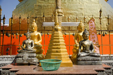 Glod Chedi Of Wat Phra That Cho Hae Temple For People Visit And Pray At Phrae City