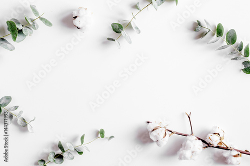 Foto op Canvas Bloemen floral concept with green leaves on white background top view mock-up