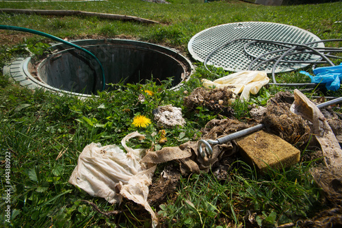 Unclogging Septic System Cleaning And Unblocking Drain