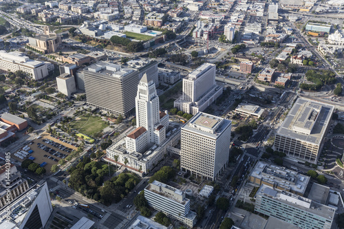 Foto op Plexiglas Texas Afternoon aerial view of Los Angeles City Hall and Civic Center buildings.