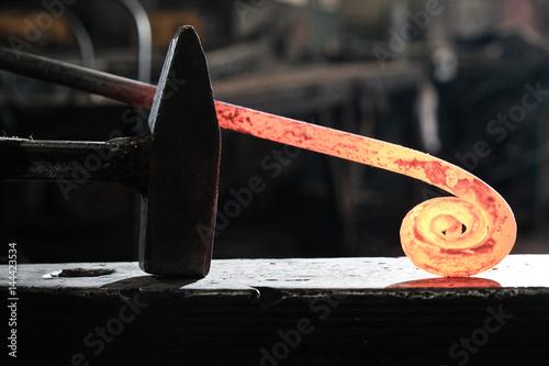 Fotomural Forge, blacksmith's work, hot metal