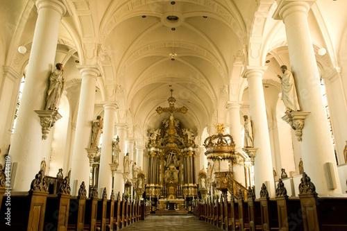 het interieur van de Sint-Niklaaskerk in Eupen,Belgie – kaufen Sie ...