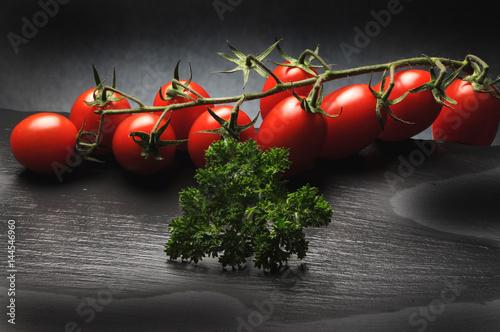 Solanum lycopersicum Τομάτα Cà chua Domates Domatja Pomodorini Томат Pomidor zwy Wallpaper Mural