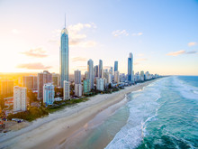 Surfers Paradise On The Gold C...