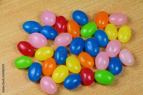 Foto op Aluminium Snoepjes Bonbons colorés de Pâques