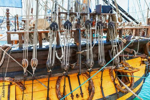 Keuken foto achterwand Schip Old sailing ship mast