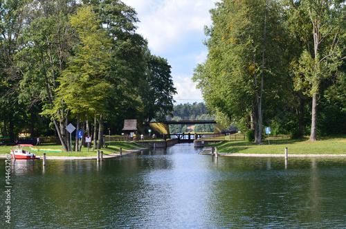 Valokuva  Śluza za Kanale Augustowskim/Sluice on Augustowski Canal, Podlasie, Poland