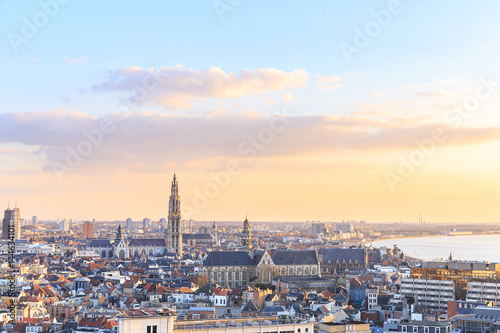 Foto auf AluDibond Antwerpen View over Antwerp with cathedral of our lady taken