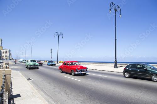 キューバ ハバナの街並み マレコン通り Wallpaper Mural