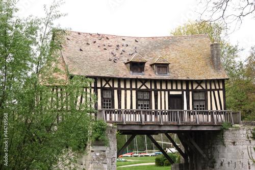 Valokuva  Le vieux moulin sur la Seine (Vernon, Eure, France)