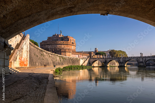 Poster Artistique Hadrian Mausoleum and Tiber River Embankment, Rome, Italy