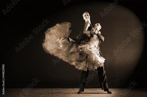 tancerze-w-fotografii-retro