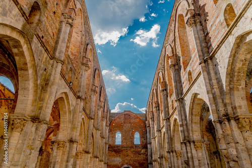 In de dag Palermo the medieval Basilica of San Galgano in Tuscany famous in the province of Siena to the sword in the stone