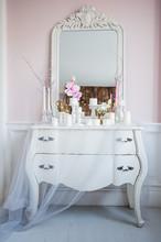 Shabby Chic Home Design. Beaut...