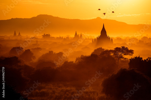 Fotografia Sunset in Bagan, Myanmar