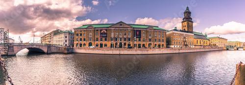 Obraz na plátně  Gothenburg, Sweden - April 14, 2017: Panorama of the canals of Gothenburg, Swede
