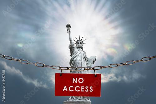 Photo  liberté statue accès accéder droit fondamentaux libre interdit interdiction loi
