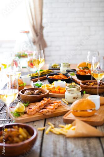 Fotobehang Kruidenierswinkel Food and drink Table, Enjoying Dinning Eating Concept