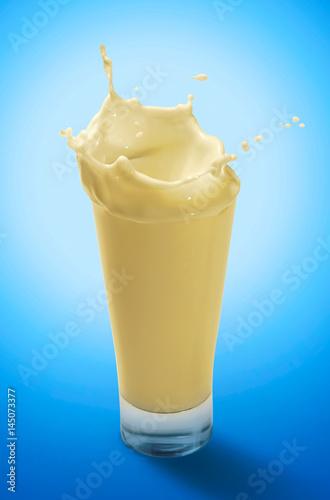 Foto op Plexiglas Milkshake Splash of Banana Milkshake in A Glass