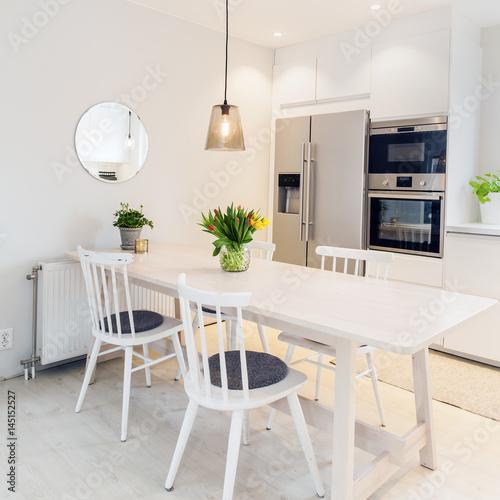 Tremendous Clean Scandinavian White Kitchen Interior Kitchen Table And Theyellowbook Wood Chair Design Ideas Theyellowbookinfo