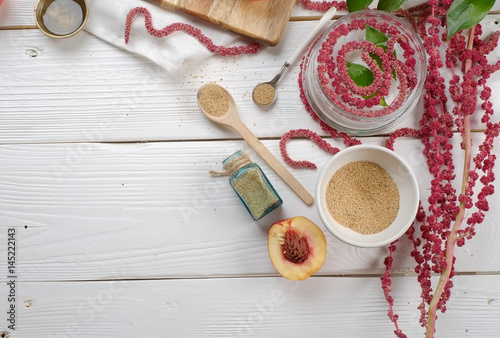 Photo amaranth on the table, food, the trade of cosmetology
