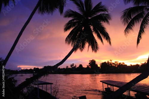 Fototapety, obrazy:  Sunset on the 4000 islands in laos