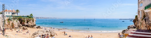Panorama plage de Cascais au Portugal