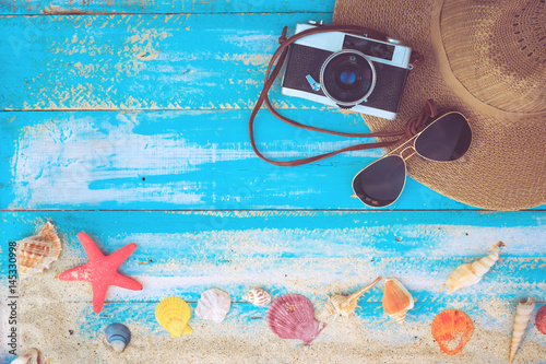 Fotografia  Summer background - The concept of leisure travel in the summer on a tropical beach seaside