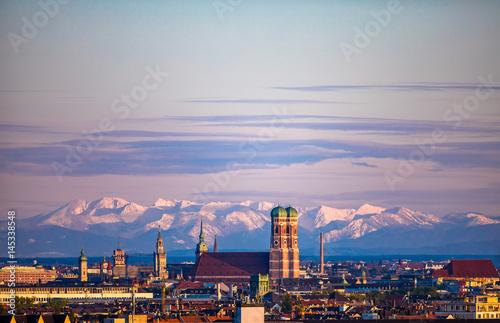 München Stadtpanorama Skyline Wallpaper Mural