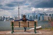 Toronto City Scape Girl
