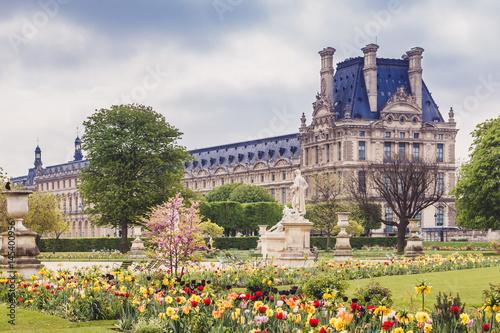 Fotografie, Obraz Le Louvre et Jardin des Tuileries