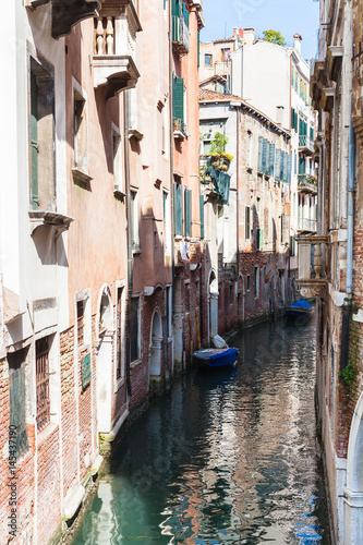 In de dag Havana canal Rio de santa maria formosa in Venice