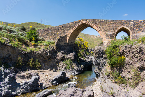 Vászonkép  Medieval bridge of Adrano, Sicily, of arabic origin and saracen