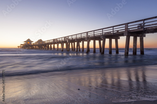Foto op Plexiglas Napels Naples Pier at sunset, Florida