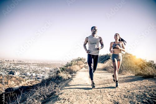 Foto  Couple running