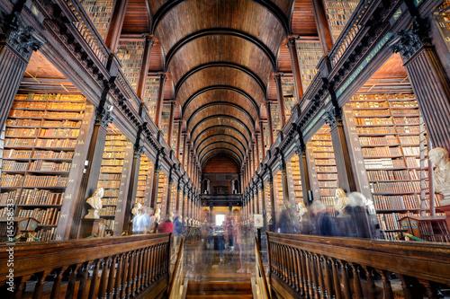 Zdjęcie XXL Trinity College Library, Dublin