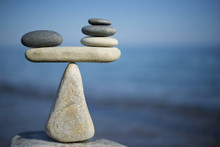 Balance Of Stones. To Weight P...