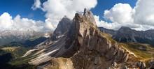 Geislergruppe Or Gruppo Delle Odle, Italian Dolomites