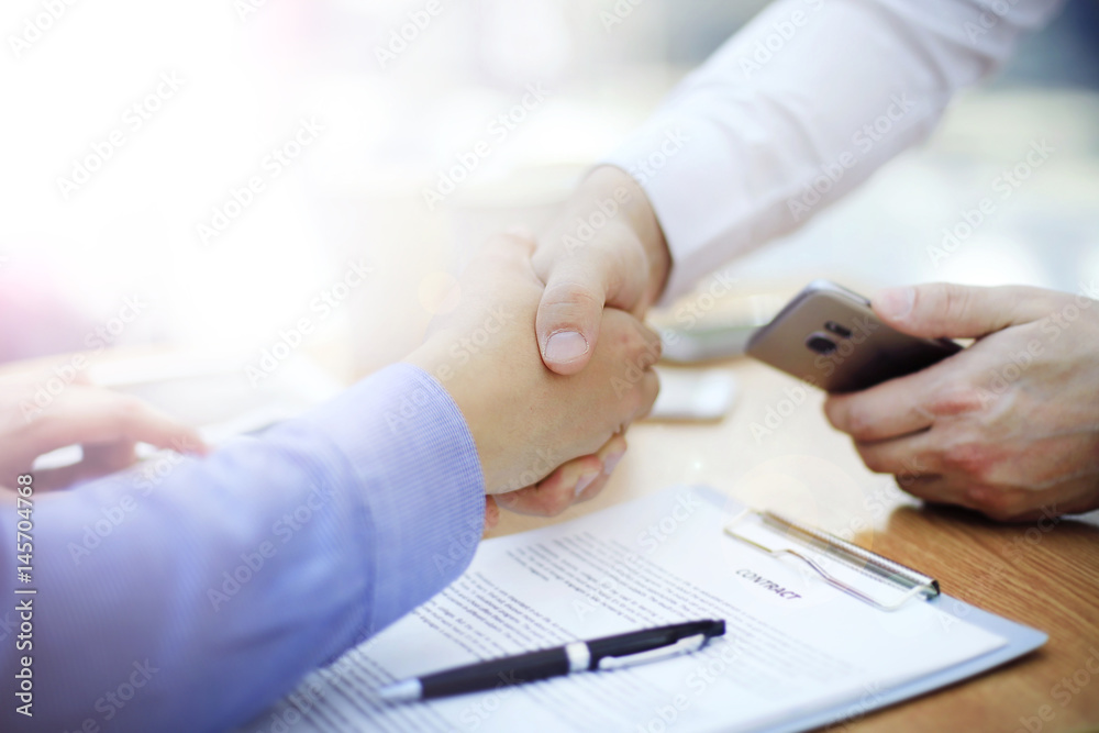 Fototapeta business man handshake