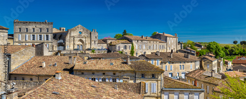 Canvas Print Cityscape of Saint-Emilion town, a UNESCO heritage site in France