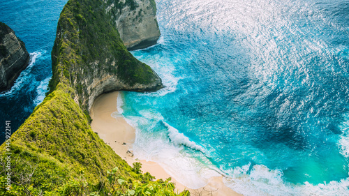 Wall Murals Bali Manta Bay or Kelingking Beach on Nusa Penida Island, Bali, Indonesia