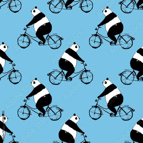 bezszwowy-wzor-z-panda-niedzwiedziem-na-bicyklu-czarno-bialy-obraz-na-niebieskim