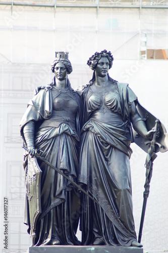 Fotografie, Obraz  Monument National mit Helvetia und Geneva