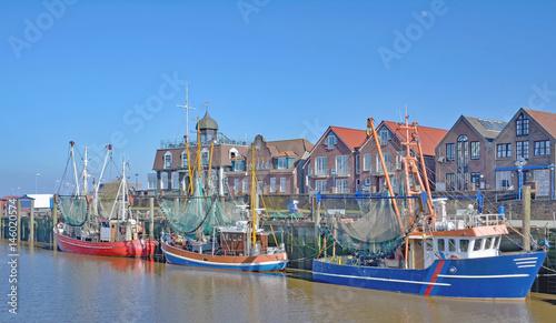 Staande foto Noordzee Krabbenfischerhafen von Neuharlingersiel in Ostfriesland,Nordsee,Niedersachsen,Deutschland