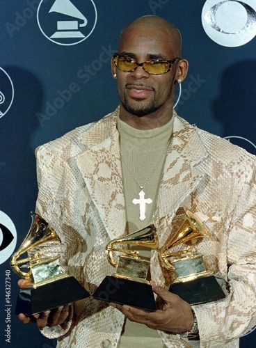 R  KELLY POSES WITH HIS THREE GRAMMYS - Buy this stock photo