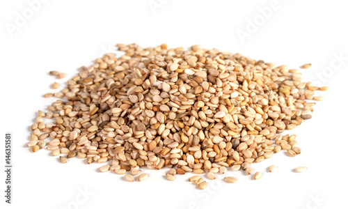 Cadres-photo bureau Graine, aromate sesame seeds isolated on white background