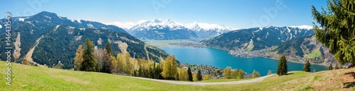Keuken foto achterwand Alpen Beautiful panorama view over Zell am See