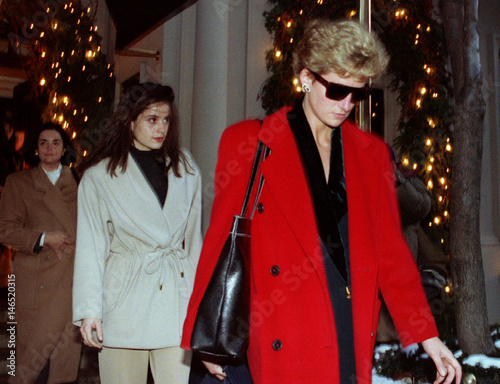 371e36e1bf6 Princess Diana (R) leaves the Ralph Lauren store on Madison Avenue in New  York
